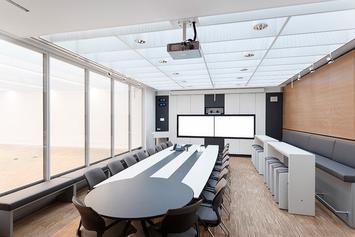 Medientechnik in Videokonferenzraum