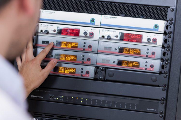19 Zoll Schrank für Medientechnik