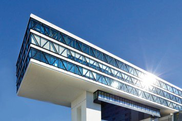 Medienbrücke Upside East München