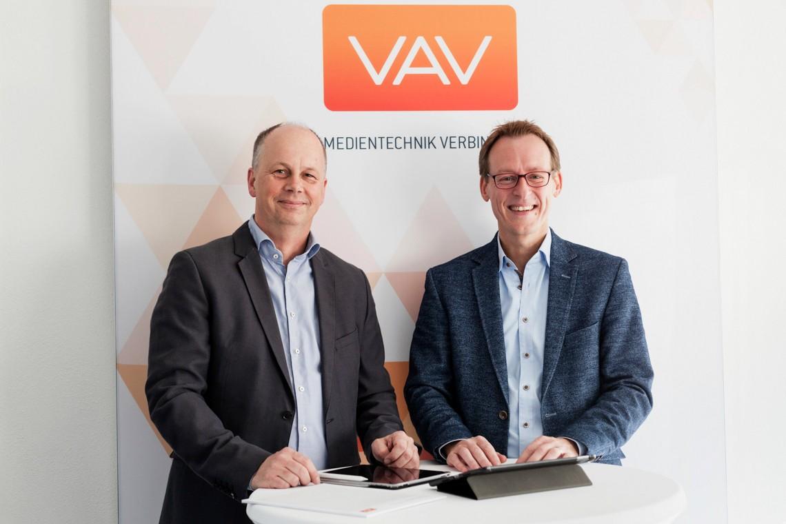 AV Systemhaus seit 1979 ->Professionelle Medientechnik   VAV