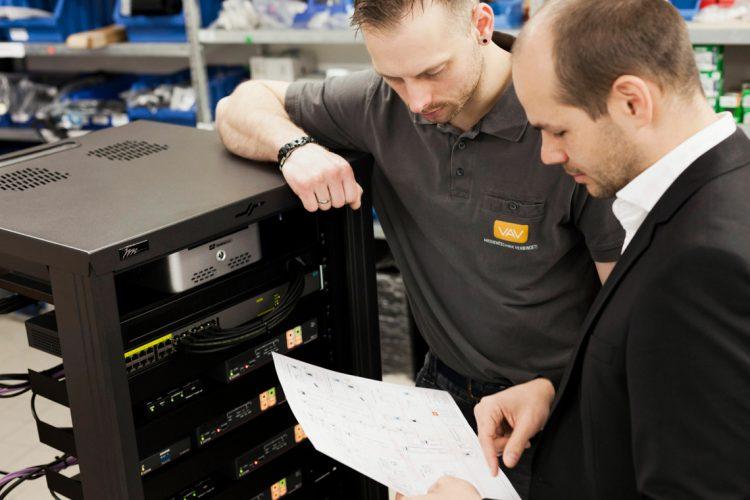 Vorbereitung Installation Medientechnik