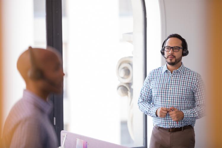 Headsets für Audio- und Videokonferenzen